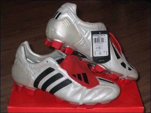 Desconfianza Fuera Sui  Old School Adidas Predator Football Boots | Predator football boots, Football  boots, Adidas predator