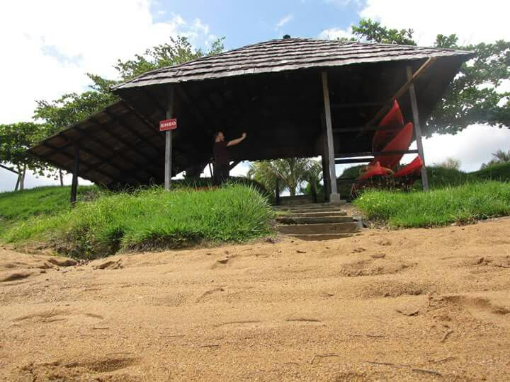 Babunhol kajak hut by farid