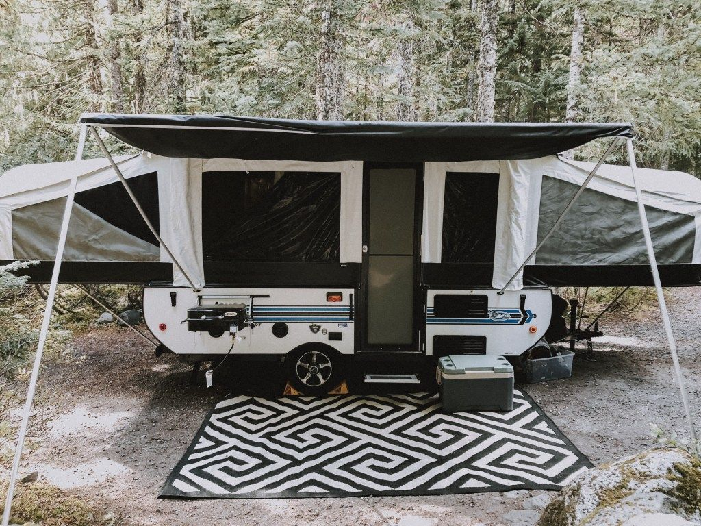Setting Up And Using Our Pop Up Camper Pop Up Camping Rain And