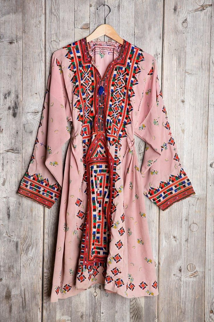 UrbanOutfitters Vintage Pink Sky Embroidered Dress #invertedtriangle