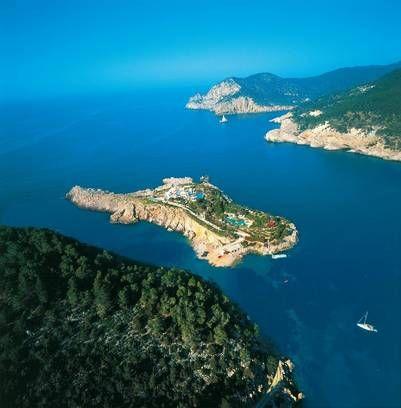Alquile la isla de Sa Ferradura y relájese.