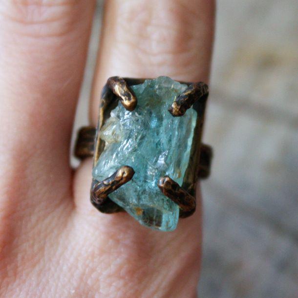 Aquamarine Regal Ring Bronze