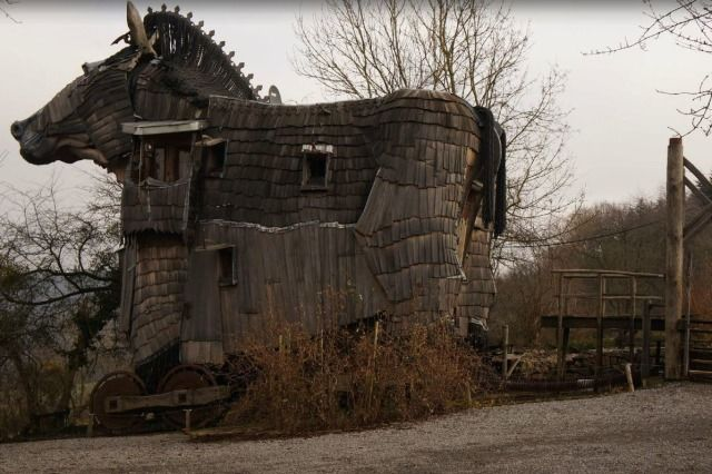 (PHOTO: TripAdvisor)  Weird and wonderful hotels around the world:  La Balade des Gnomes, Durbuy, Belgium  La Balade des Gnomes boasts ten bedrooms based around famous fairytales and one of them can even be found in side a Trojan horse replica! Other features include a room where you can sleep in a boat! The hotel can be found in a quaint 17th century town in Durbury, Belgium.