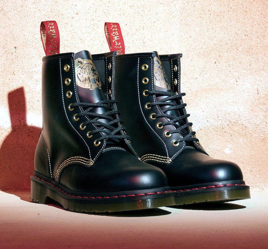 Dr Martens 1460 Year Of The Dog Limitiert Und Bereits Ausverkauft Docmartensoutfit Dr Martens Martin Shoes Martens