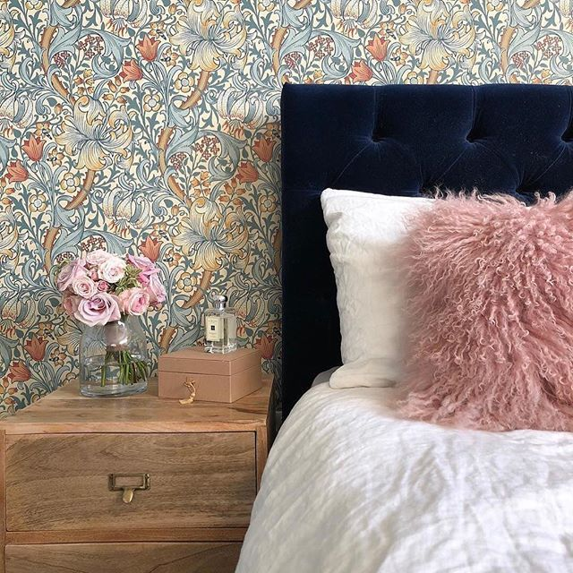 """Photo of Swoon on Instagram: """"With rich velvet and tufted button detailing, your weekend lie-in never looked so good ⛅️ 📸: @overatkates"""""""