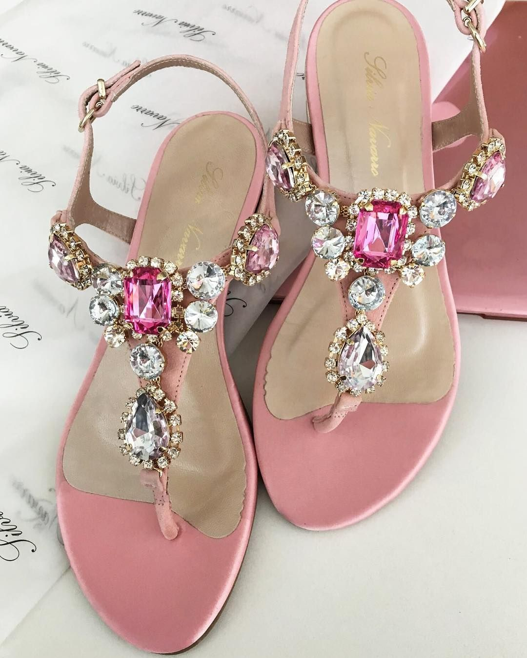 b4eb9ba67f061e Instagram Beautiful Sandals