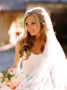 penteado para noivas com cabelo solto, penteado para noivas, penteados