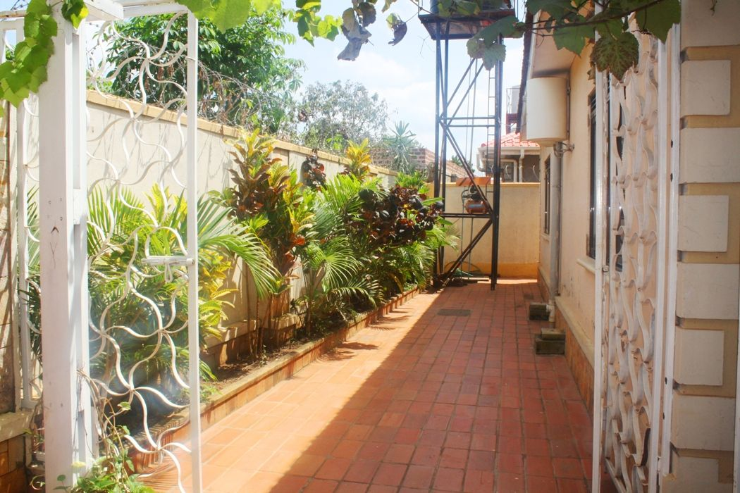 Property for sale - RS101234 Kyanja-Kampala | Knight Frank
