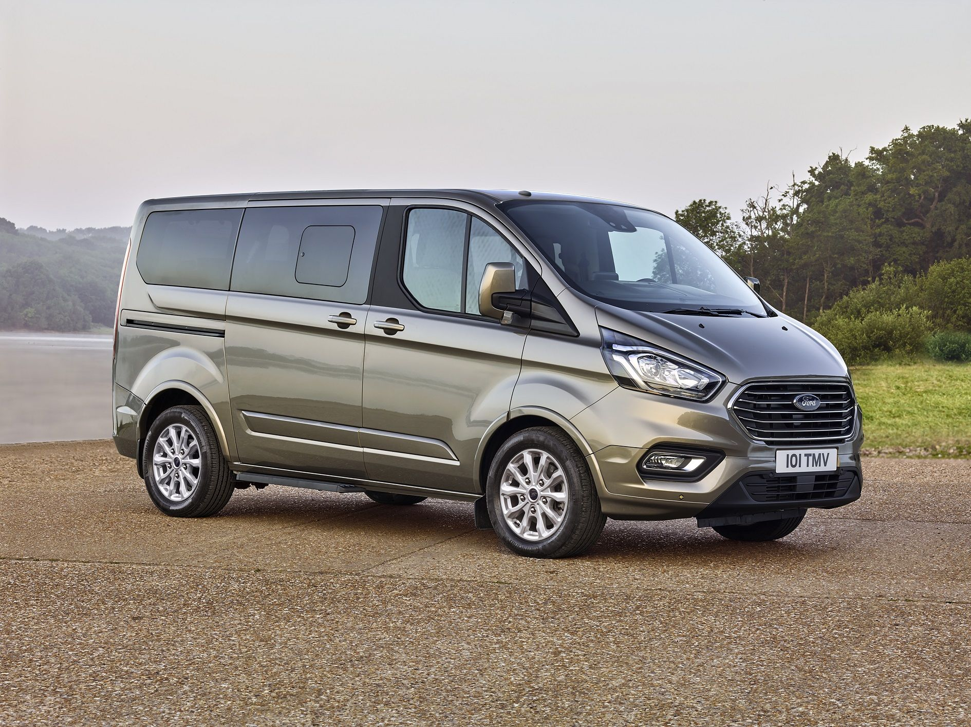 New Ford Tourneo Custom Offers The Best Seat In The House For Business Or Leisure Ford Transit Transit Custom Ford