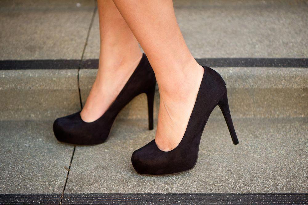 Pretty Black Pumps - Pointed Pumps - Black Heels - $34.00