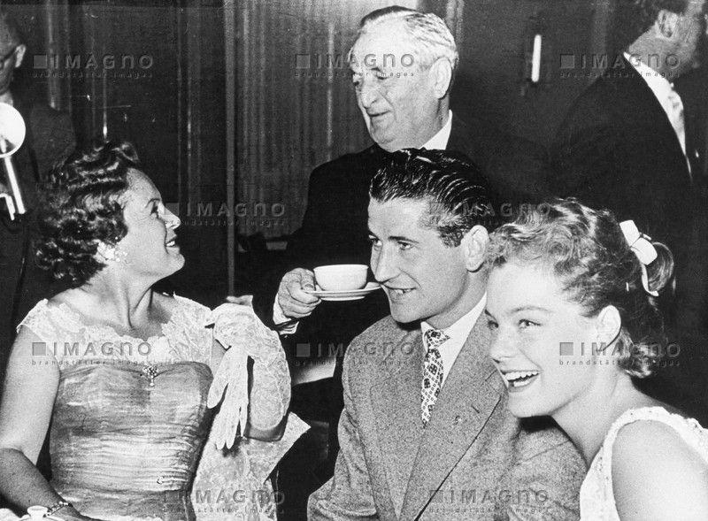 Hans Moser mit Magda  und Romy Schneider, © IMAGNO/Austrian Archives