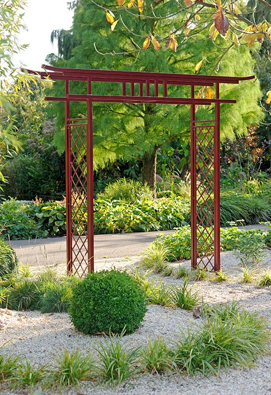 Asian garden arches pic japanese gate torii www for Japanese garden trellis designs