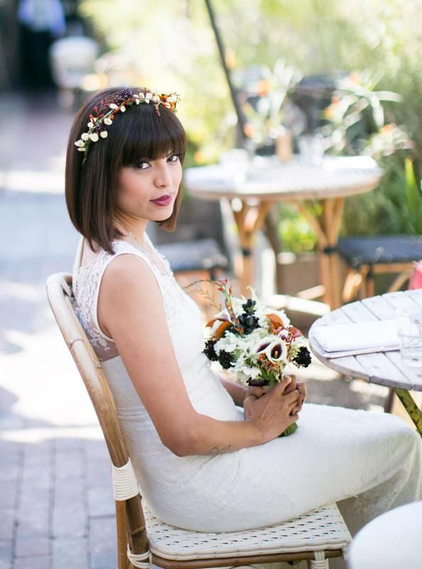 39 Romantic Wedding Hairstyles With Bangs Magment In 2020 Short Hair Bride Short Wedding Hair Romantic Wedding Hair