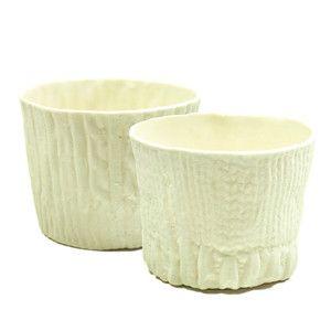 Vasijas con textura tejida en el exterior... impresionantes!! By Alyssa Ettinger