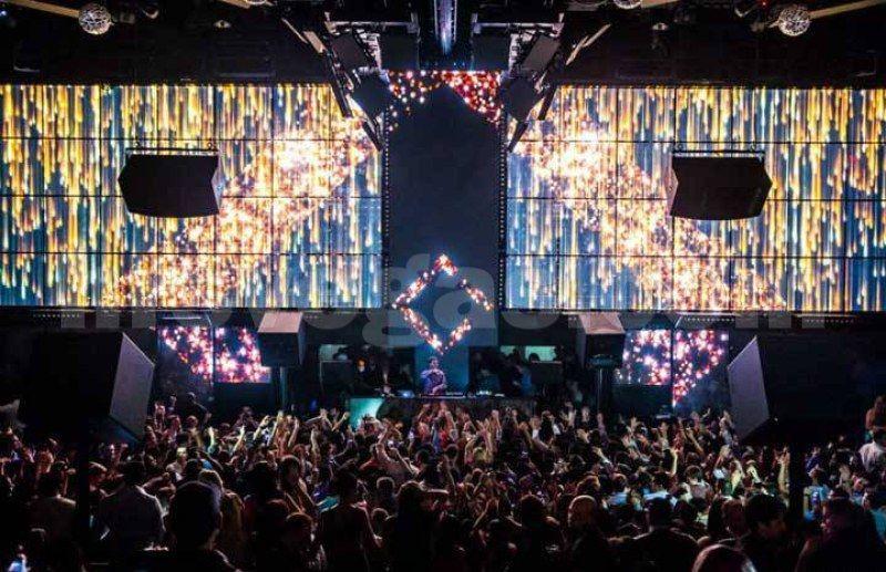 Delightful SEE + DO Cirque De Soleil Performers Light Nightclub At Mandalay Bay Las  Vegas Info@ Home Design Ideas