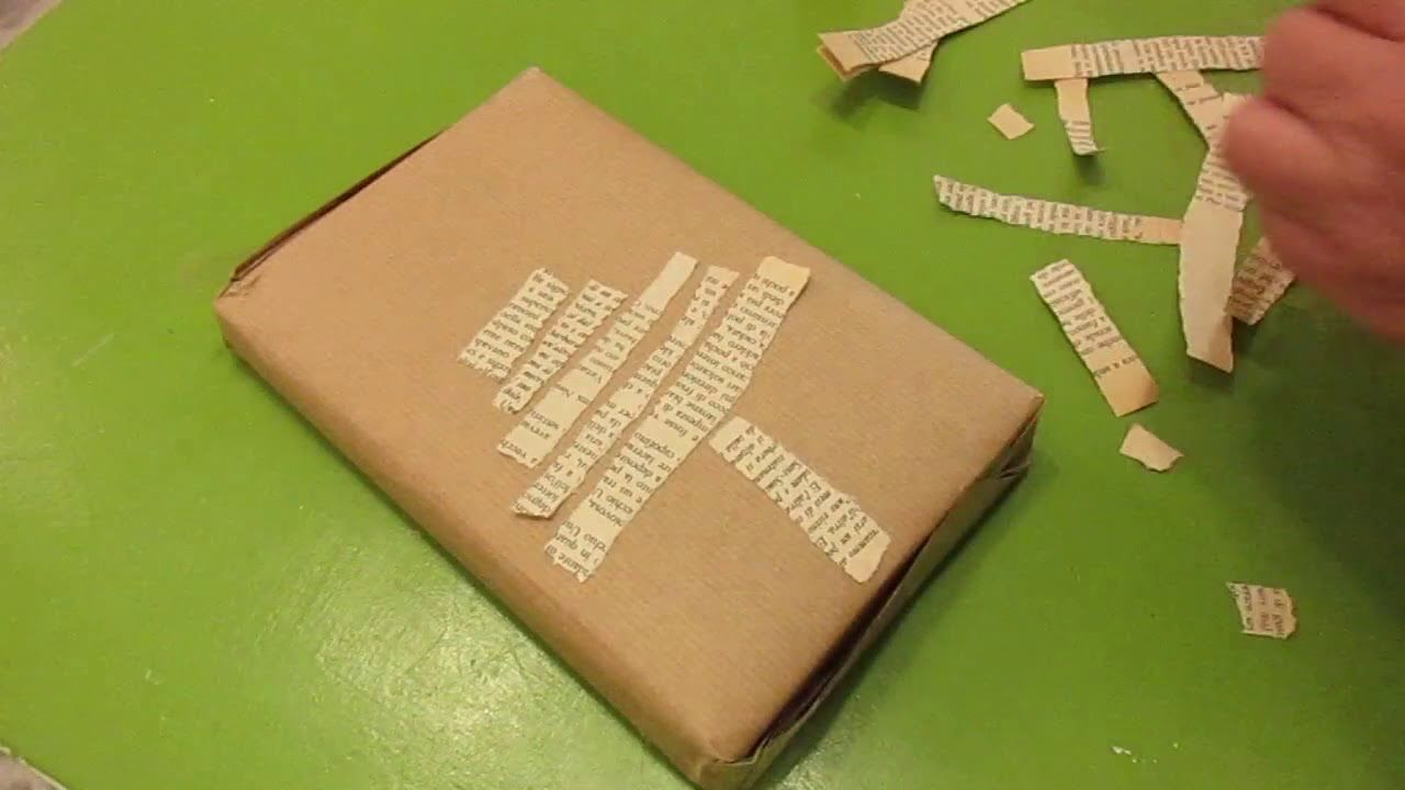 Come Fare Pacchetti Natalizi fare pacchetti regalo creativi , albero con i fogli di un