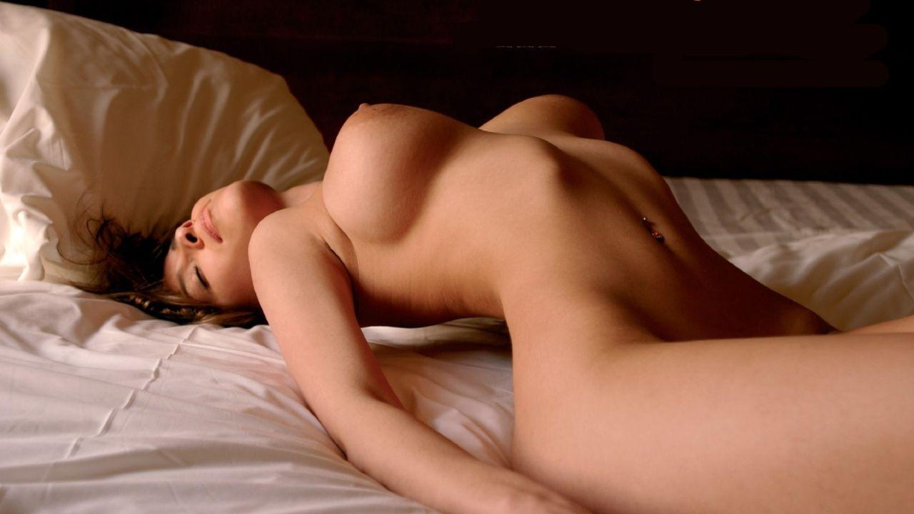 cute girl nude shower