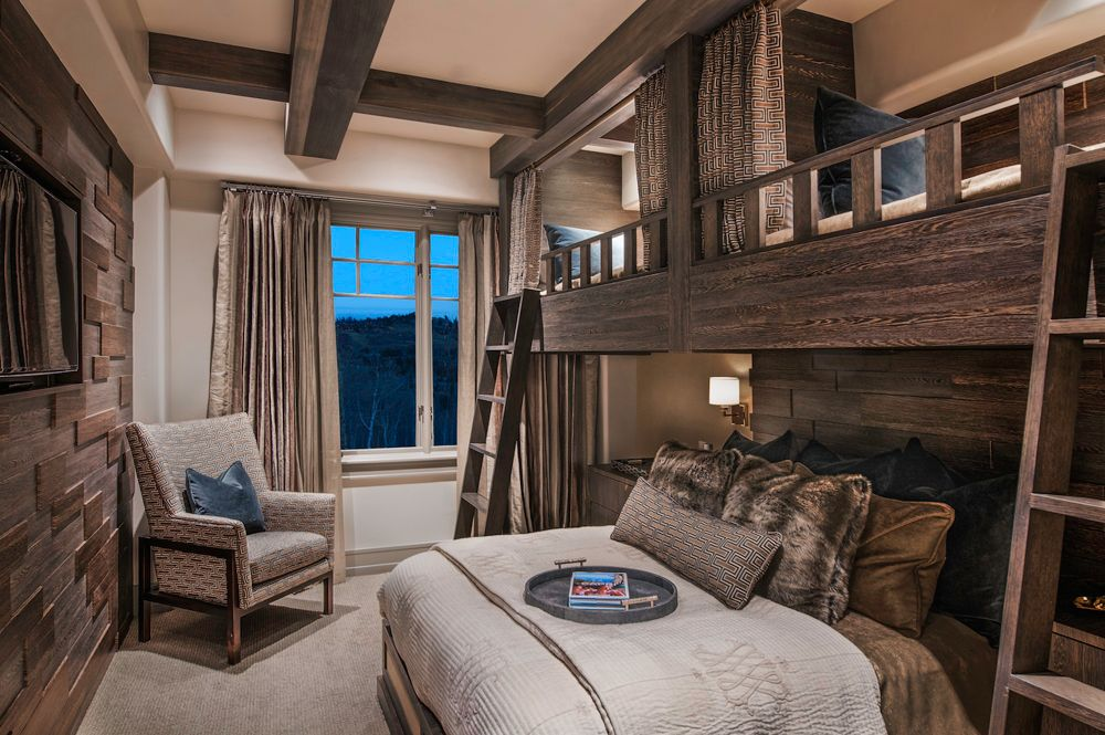Classy masculine decor shouldn't stop at the living areas, and in this guest room, Lynsey and Heather Humphrey of Alder & Tweed aimed for comfort, entertainment and warmth in addition to a stunning design.