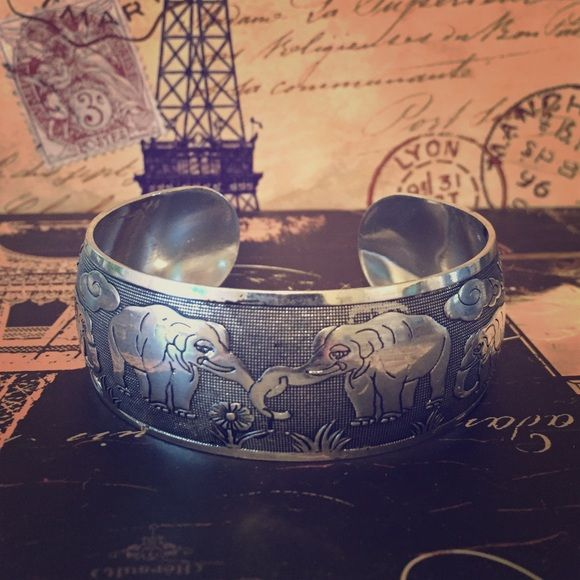 Silver plated elephant cuff Silver plated elephant cuff. Adjustable. Jewelry