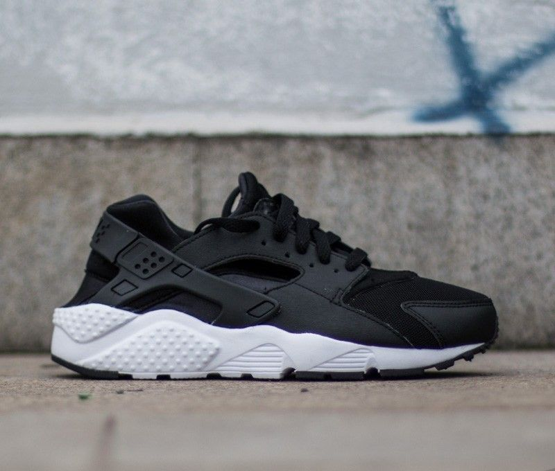 on feet shots of where to buy new lower prices A better shoes can change your life. Nike Air Huarache #nike ...