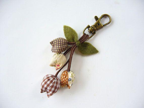 Handmade Keychain, Tulip Keychain, key fob, flower keychain