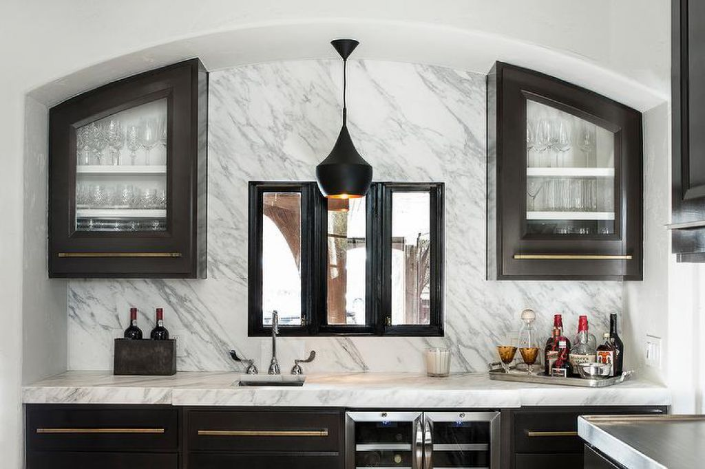 Marble Countertops Are A High End Option For Kitchen