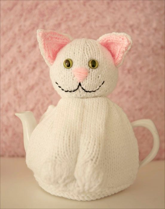 Snowy the Cat Hand knitted Tea Cosy White Cat Cozy | crochet ...