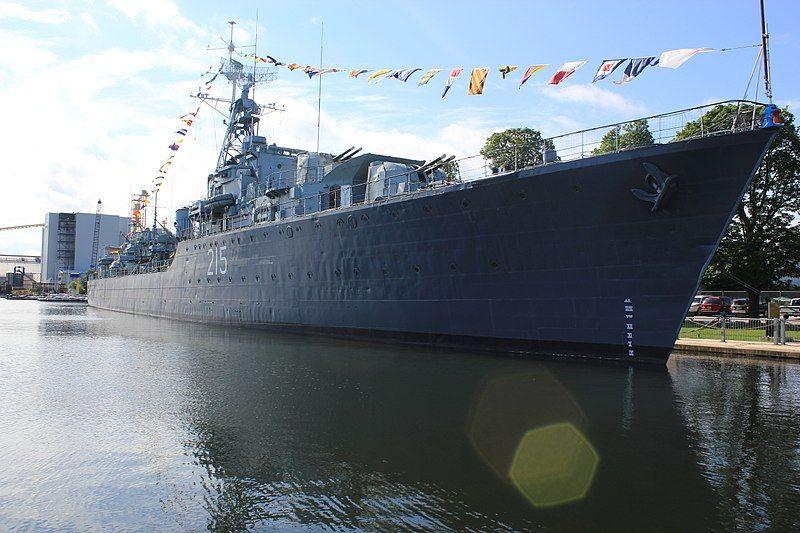 File:HMCS Haida-Laslovarga (3).jpg