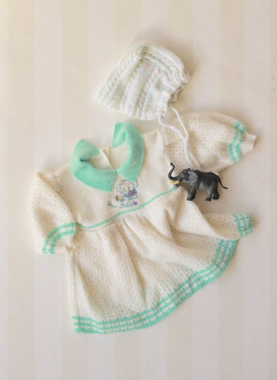 bed18132a Vintage Baby Girl Dress in White Knit with an Elephant 0-6 months ...