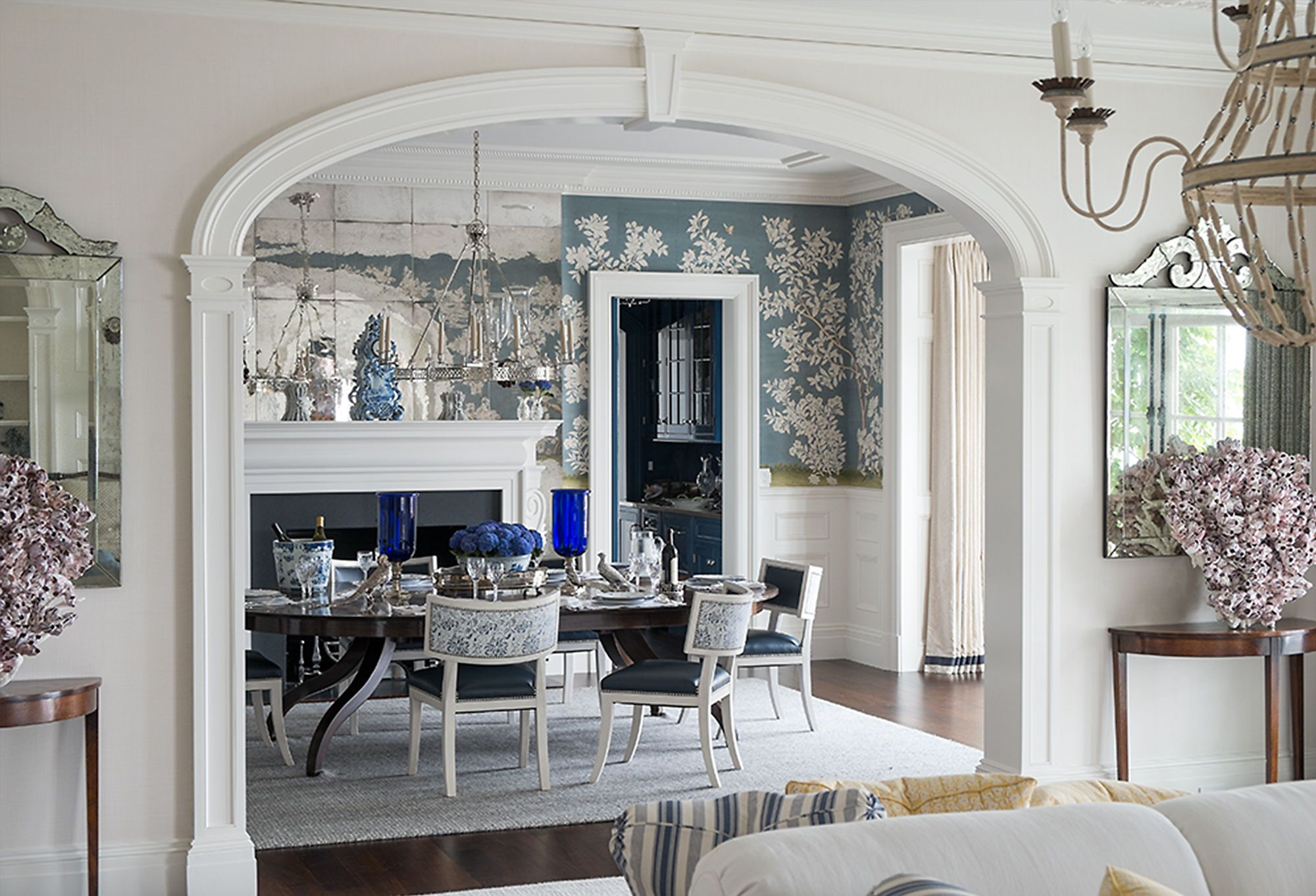 Love the Look: Elegance in Blue & White