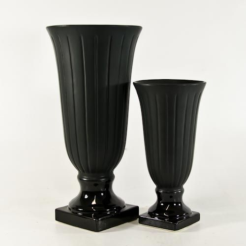 Matte Black Ceramic Urns For Cheap At Wholesale Flowers In San Diego