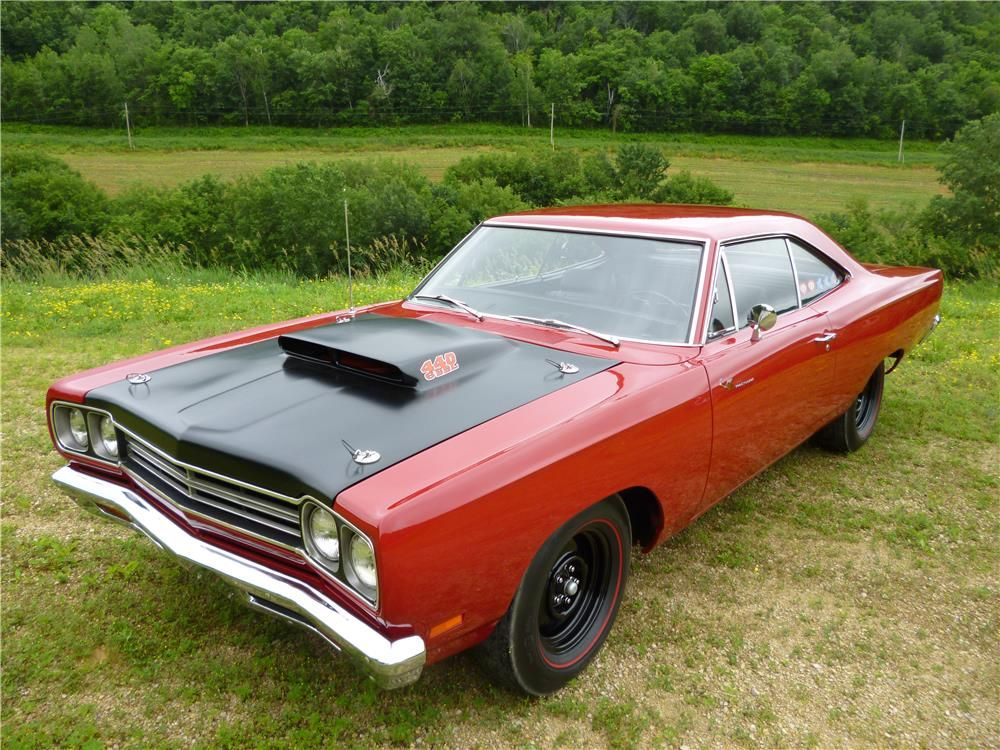 3 The List 1969 Plymouth Road Runner 440 6 Barrel | Blog - MCG ...