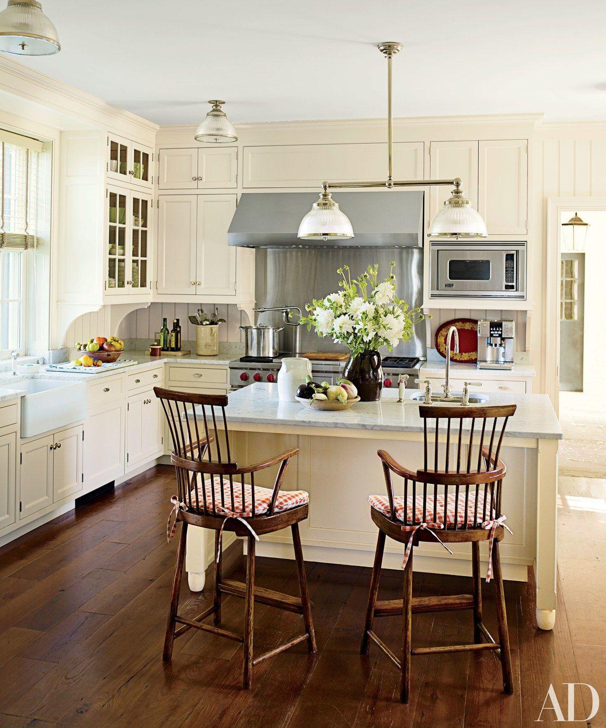 Period Kitchens Designs Renovation: 19 Inspiring Farmhouse Kitchen Sink Ideas
