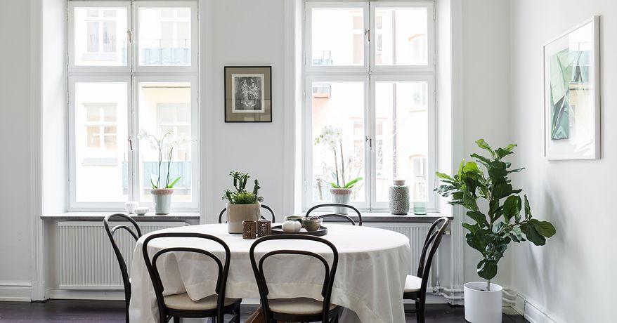#stying #homestyling #matsal #diningroom   Styling av lägenhet centralt i Vasastan | Move2