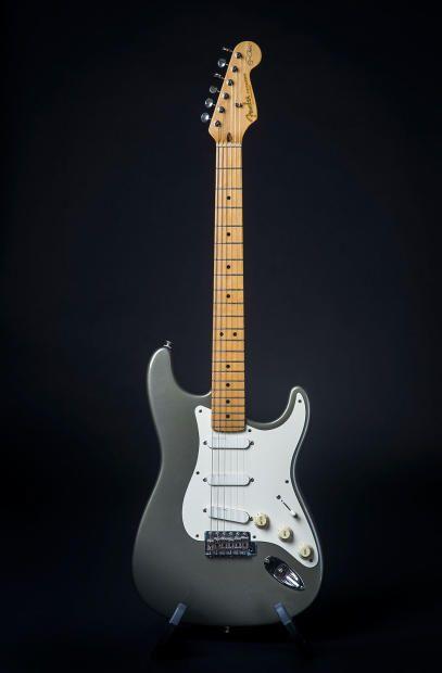 fender eric clapton artist series stratocaster 1988 2000 guitars en 2019 guitarra m sica. Black Bedroom Furniture Sets. Home Design Ideas