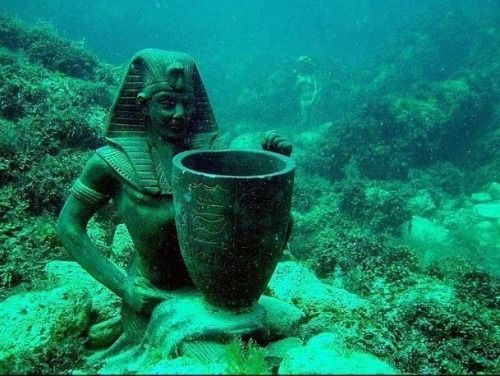 The Ancient Egyptian City Of Heracleion Underwater Of Alexandria - Explorers discover ancient 1200 year old egyptian city