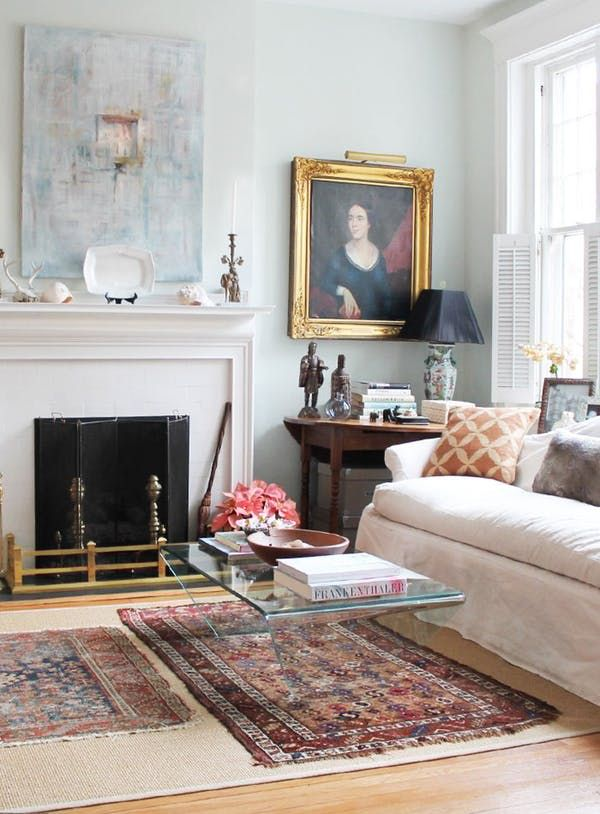 Best 5 Surprisingly Perfect Pieces For A Small Living Room 400 x 300