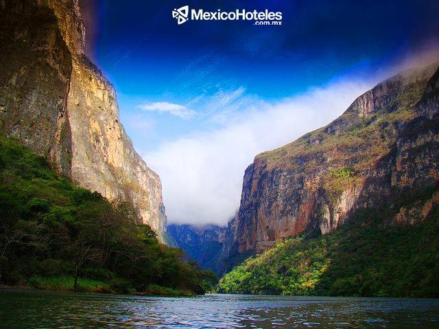 #CañonDelSumidero imponente e impactante #Chiapas es de lo que tienes que conocer #DondeQuieresEstar http://ift.tt/1m3yoTN