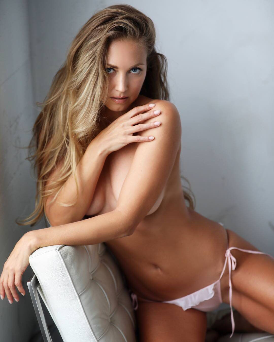 nora segura nude