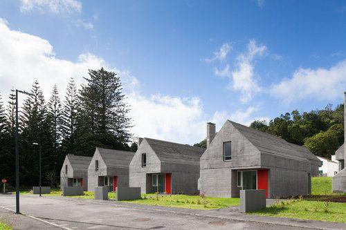 Casas das Sete Cidades / Eduardo Souto De Moura, Adriano Pimenta Arquitetos