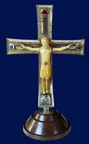 Anverso Cruz de Nicodemus (Cámara Santa) // Catedral de Oviedo.