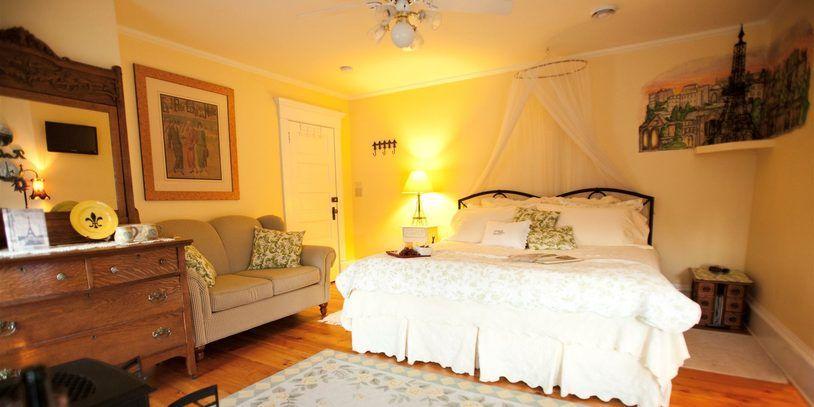 Petit Chateau Suite Suites Vacation Rental Holiday Rental