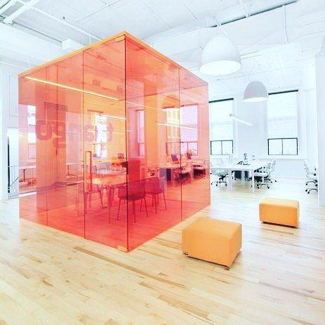 Pubblica annunci arredamento ufficio a roma milano for Design ufficio napoli