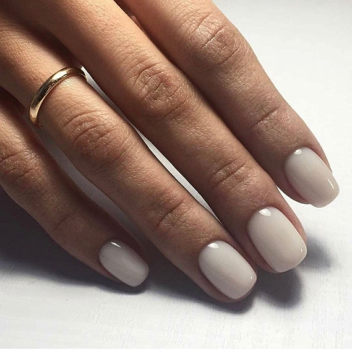 Gorgeous Milky Nail Color With Images Trendy Nails Manicure