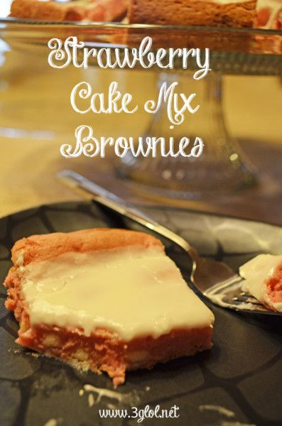 Delicious Strawberry Brownies made with cake mix. Optional added white chocolate chips. #brownies #cakemixbrownies #strawberrybrownies  http://www.3glol.net