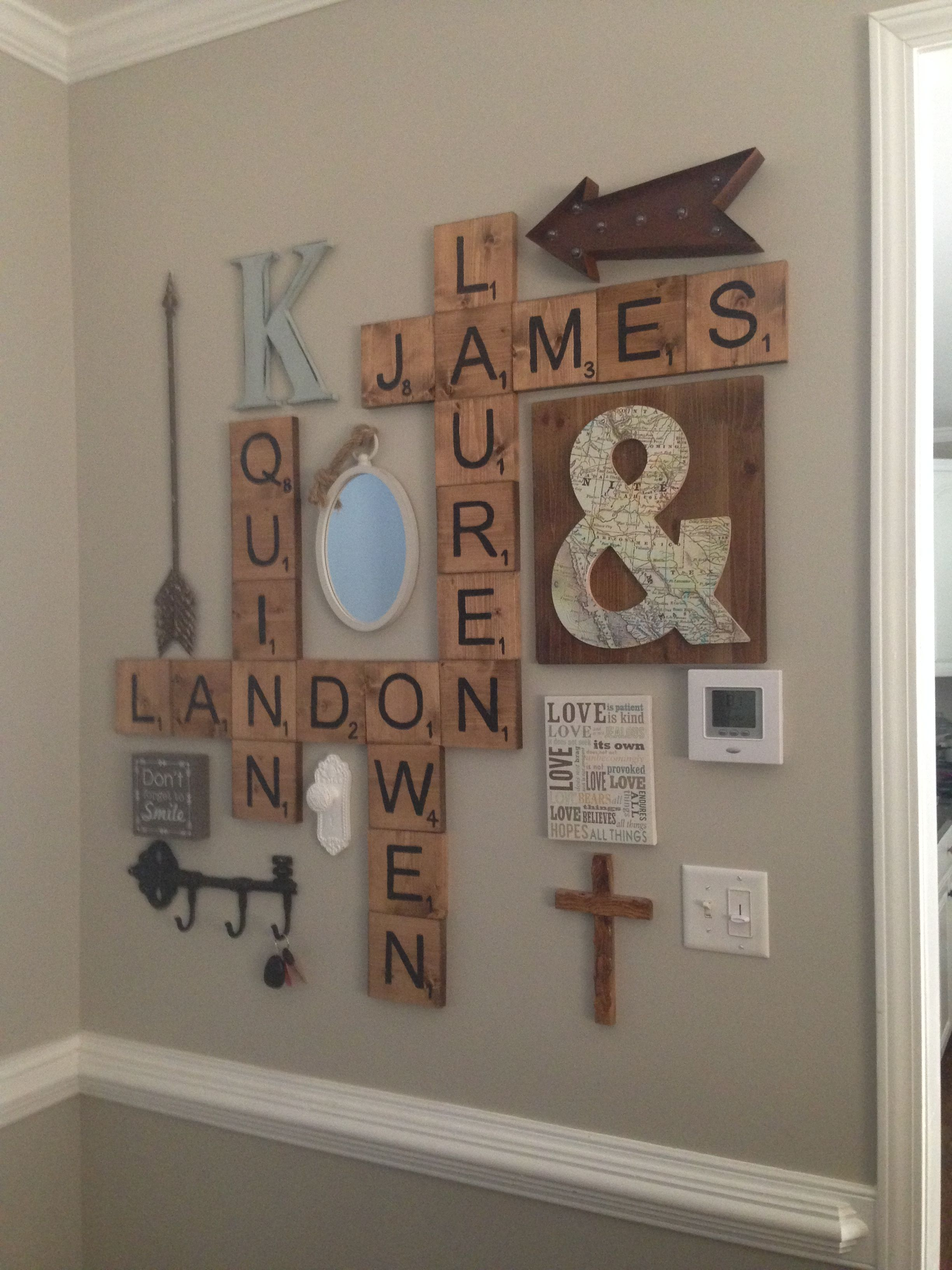 scrabble letters wall decor diy pinterest flure wanddeko und wanddeko ideen. Black Bedroom Furniture Sets. Home Design Ideas