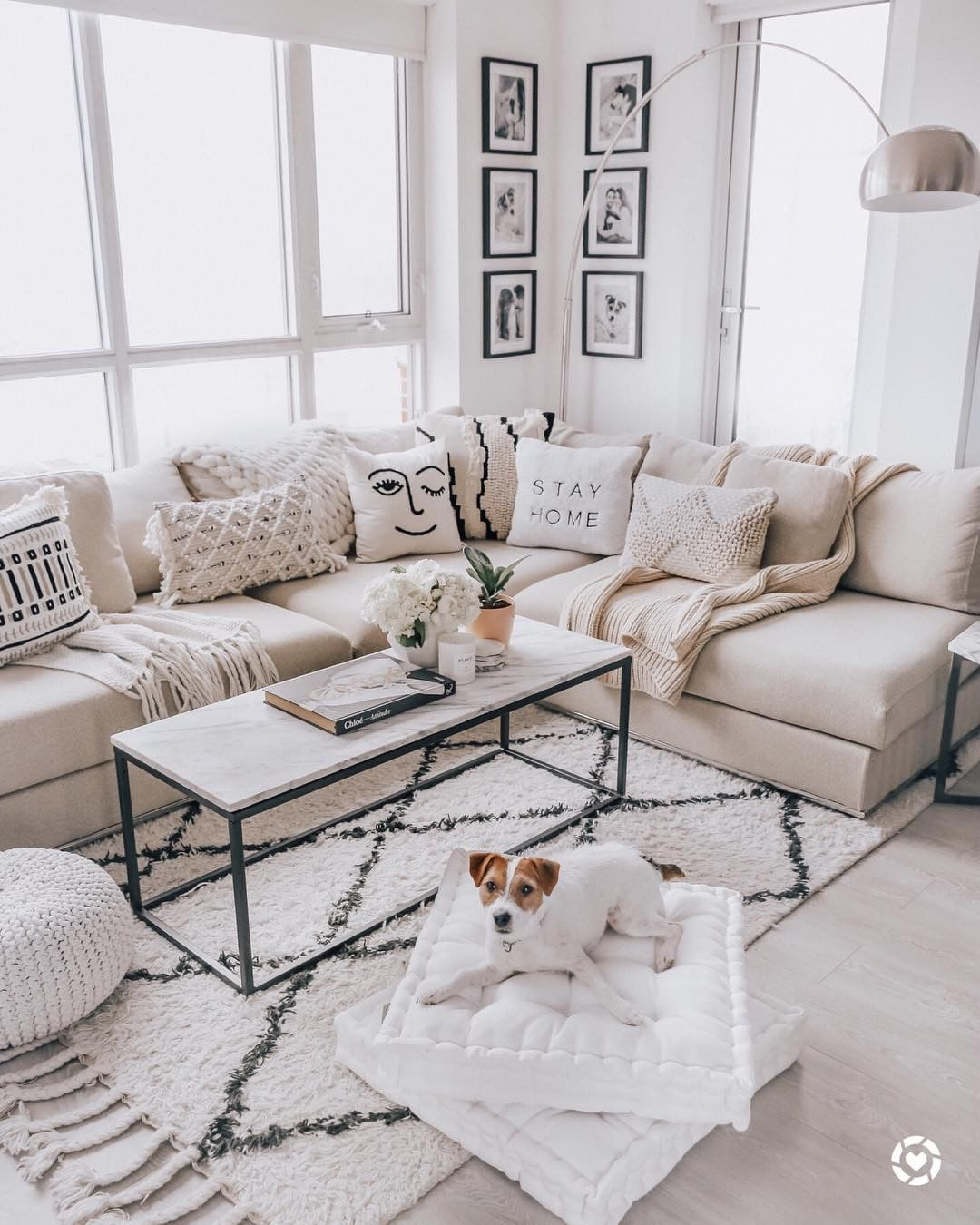 Life In Jeneral On Instagram Monochromatic Details Cozy Knits Make This Space A Perfect Location For A Friday Night In Home Decor Home Home Living Room