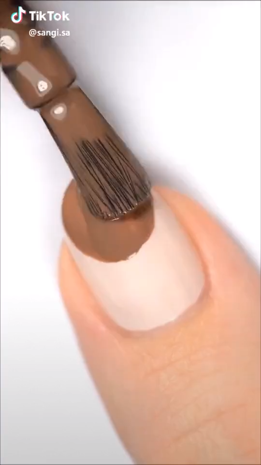 Amazing Easy DIY Deer Nail Art
