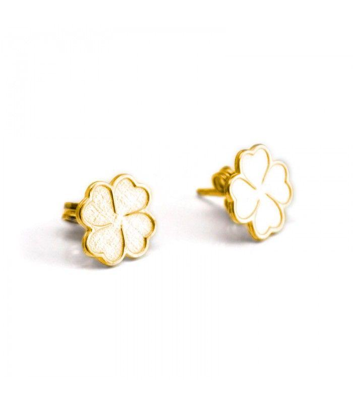 dd6fc069f59d Par de pendientes pequeños de oro de primera ley con forma de trébol.   pendientes  earrings  joyas  jewelry  plata  silver