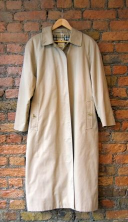 32a5ced905f17c Womens Vintage Burberry Trench £80   New Stock   Burberry trench ...